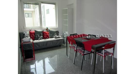 Нов обзаведен 2-стаен апартамент c паркомясто в подземен гараж.