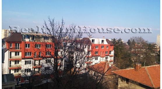Тристайни апартаменти в екологичен район