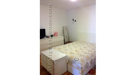 3-стаен апартамент обзаведен