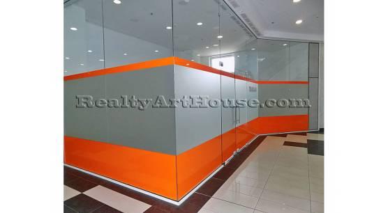 Офис в мултифункционален търговски комплекс