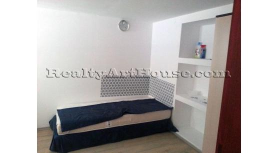 Стая под наем, град София, Център, ул. Пиротска