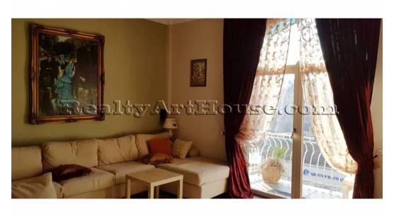 Луксозен аттрактивен 4-стаен апартамент в центъра на София
