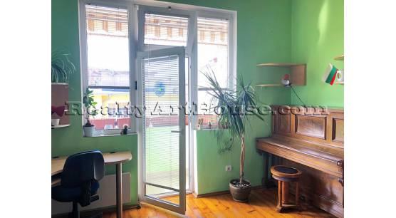 4-стаен апартамент в стара София
